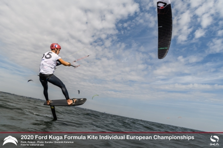 French-Polish domination continues on day 3 of the 2020 Formula Kite Individual Europeans