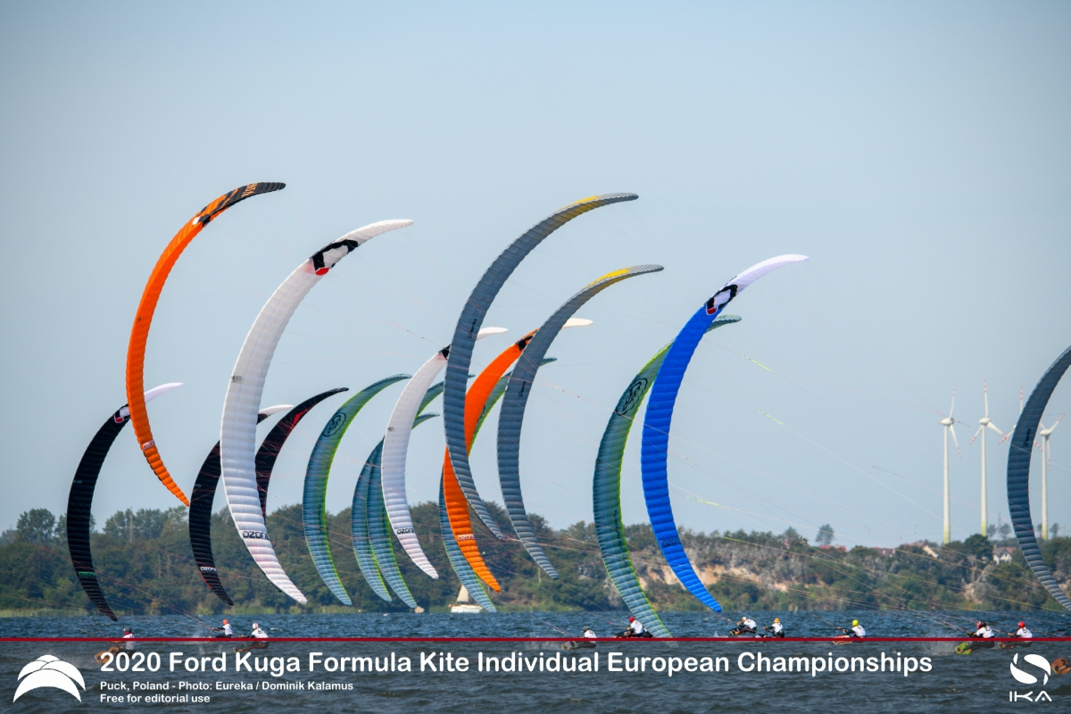 France and Poland dominate day one at the 2020 Formula Kite Individual Europeans